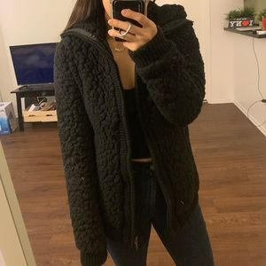 Black longline oversized teddy jacket (M)